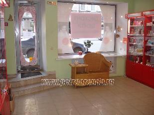 фото помещения под торговлю, арендовать, центр Питера, улица Жуковского